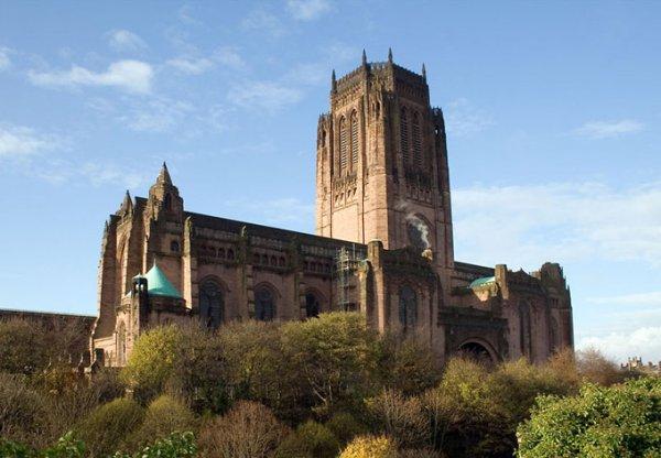 Колокола собора в Ливерпуле исполнили песню Джона Леннона 'Imagine'