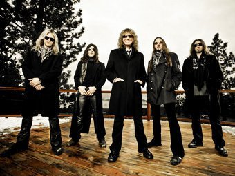 Whitesnake. Фото с официального сайта группы