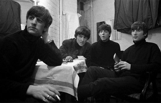 Раритетные фото The Beatles уйдут с молотка