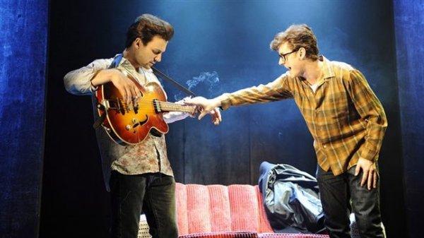 Актриса из спектакля «Backbeat» прокомментировала отношения Стюарта и Астрид
