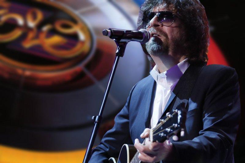 Джефф Линн исполнил классику E.L.O. и Traveling Wilburys на концерте в Лондоне
