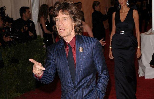 Мик Джаггер присоединился к Arcade Fire и Foo Fighters на шоу «Saturday Night Live»