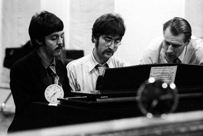 Пол Маккартни, Джон Леннон, Джордж Мартин.